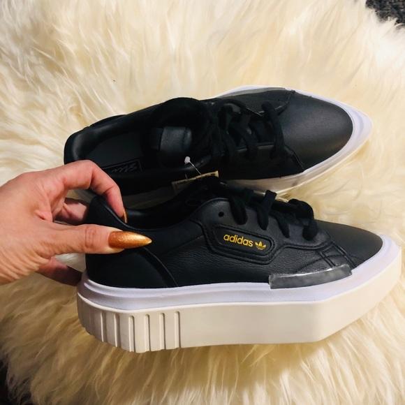 Adidas hypersleek w black pictured sz 5.5 NWT new NWT